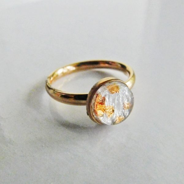 simply rose gold ring oval